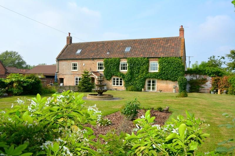 5 Bedrooms Cottage House for sale in Withy Road, East Huntspill