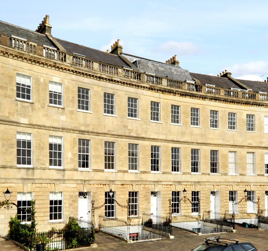 5 Bedrooms Terraced House for sale in Lansdown Crescent, Bath, Somerset, BA1