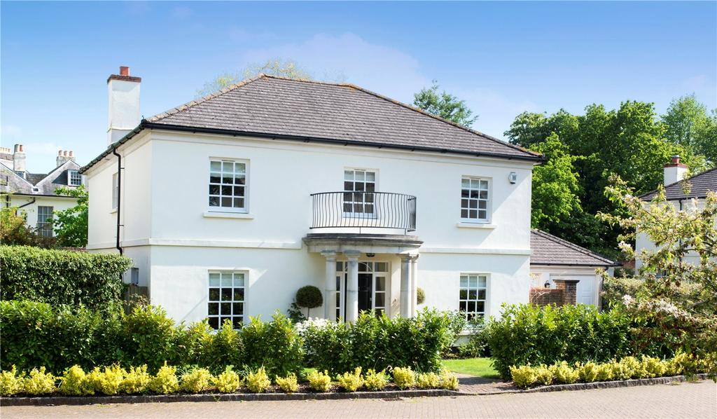5 Bedrooms Detached House for sale in Clare Wood Drive, East Malling, West Malling, Kent, ME19