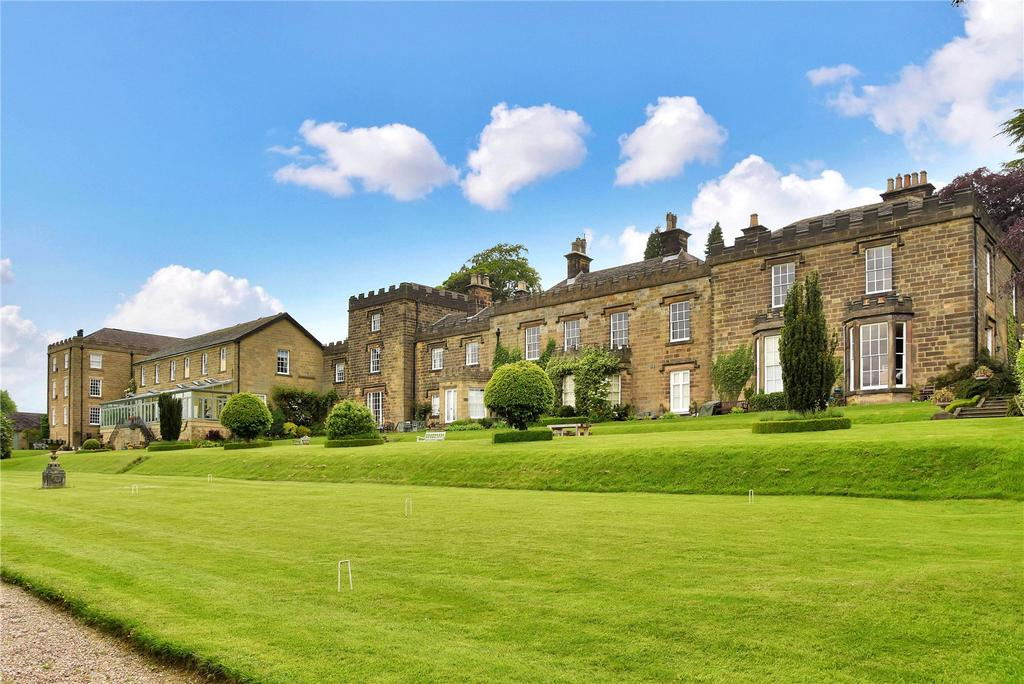 3 Bedrooms Flat for sale in Sydnope Hill, Two Dales, Matlock, Derbyshire