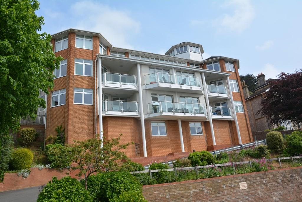 3 Bedrooms Apartment Flat for sale in South Road, Weston-super-Mare