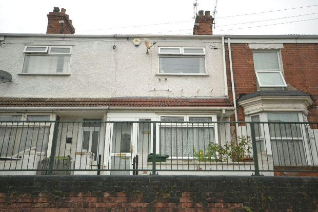 3 Bedrooms Terraced House for sale in Wintringham Road, GRIMSBY