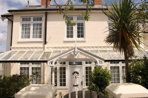 3 bedroom semi-detached house to rent - Victoria Avenue, Shanklin