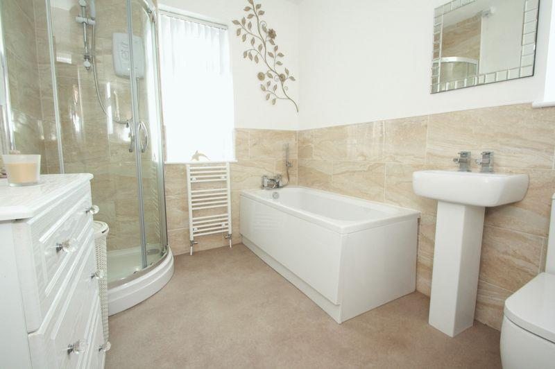3 Bedrooms Semi Detached House for sale in Keswick Grove, Acklam, Middlesbrough, TS5 8PN