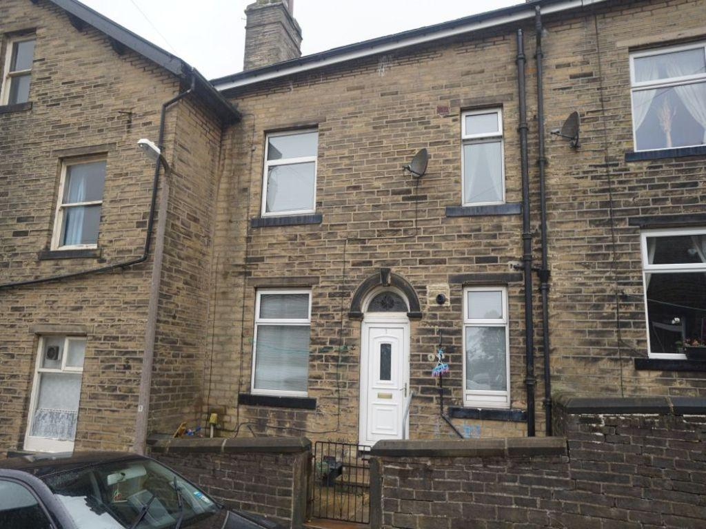 2 Bedrooms Terraced House for sale in Wensley Bank, Bradford
