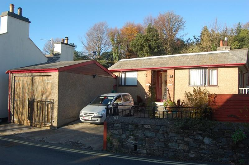 3 Bedrooms Detached Bungalow for sale in Waverly, Quarry Road, Laxey, IM4 7DU
