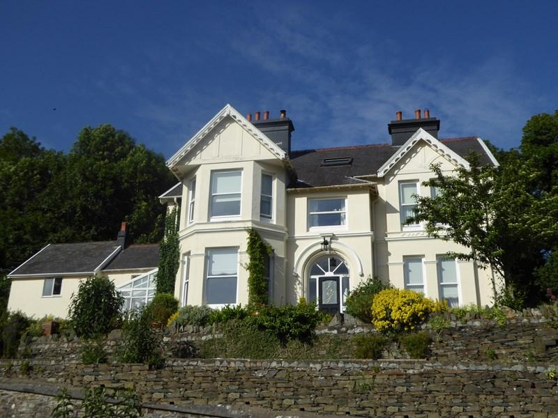 6 Bedrooms Detached House for sale in The Sycamores, Ramsey Road, Laxey, IM4 7PD