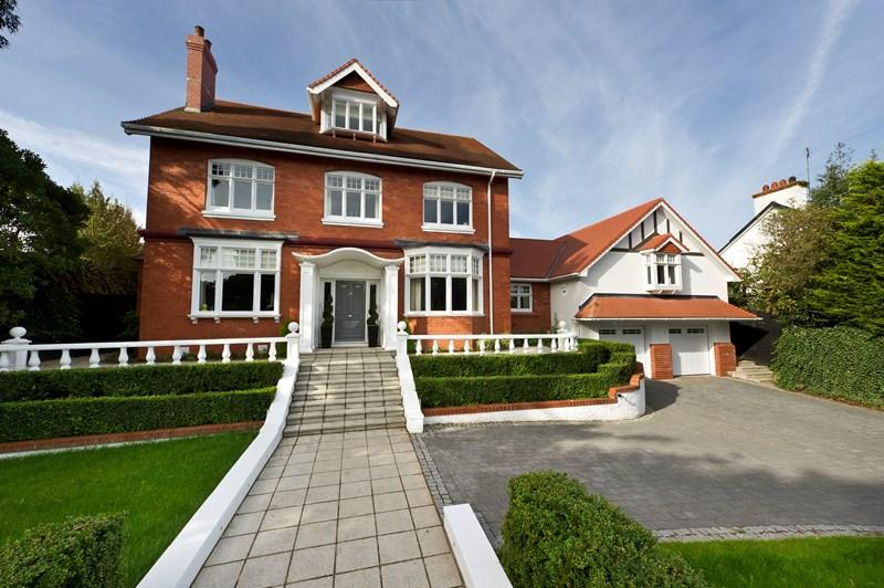 6 Bedrooms Detached House for sale in Rose Cottage, 49 Brunswick Road, Douglas, IM2 3NW