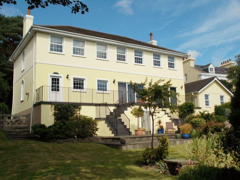 5 Bedrooms Detached House for sale in Manston, Ramsey Road, Laxey, IM4 7PT