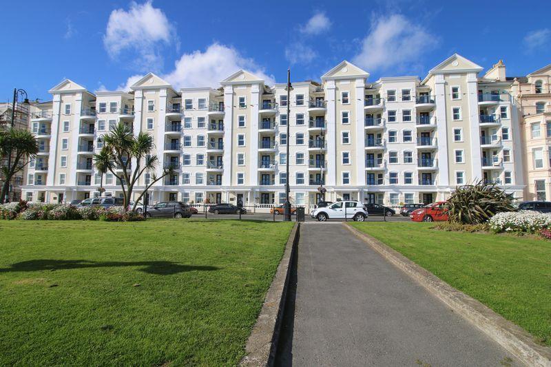 2 Bedrooms Apartment Flat for sale in 2 Millenium Court, Queens Promenade, Douglas, IM2 4NN