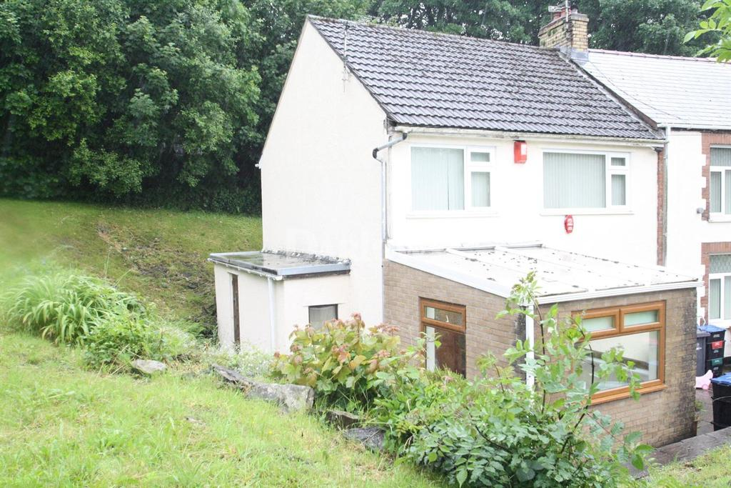 2 Bedrooms End Of Terrace House for sale in Durban Place, Nantyglo, Gwent