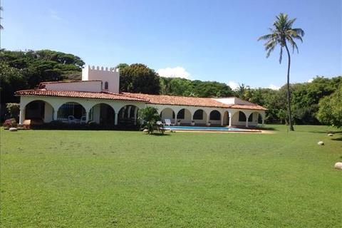 4 bedroom property with land  - Shanzu Beach