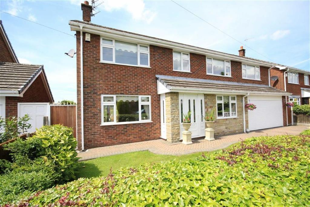 4 Bedrooms Detached House for sale in Ash Grove, Rainford, St Helens, WA11