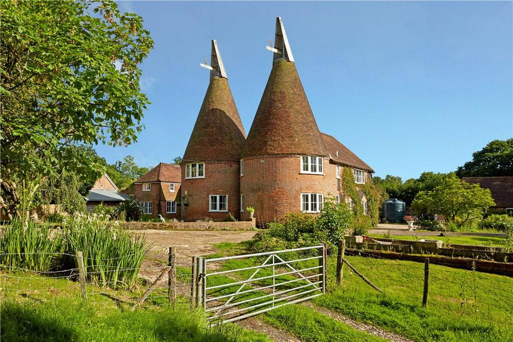 5 Bedrooms Detached House for sale in Hastings Road, Rolvenden, Cranbrook, Kent, TN17