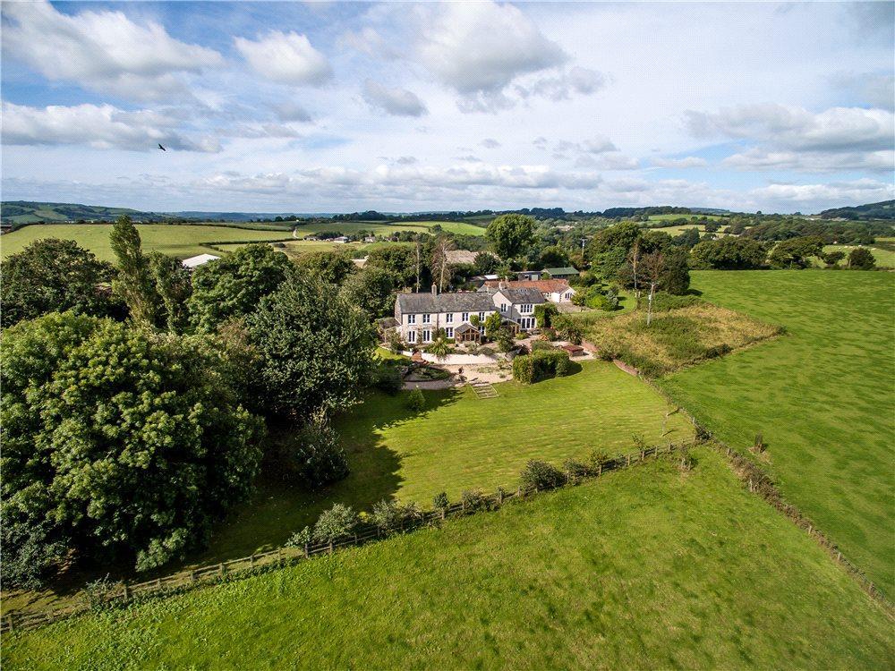 5 Bedrooms Detached House for sale in Netherbury, Bridport, DT6