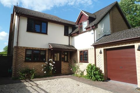 4 bedroom detached house to rent - Brunel Close, Micheldever Station, Near Winchester, Hampshire, SO21