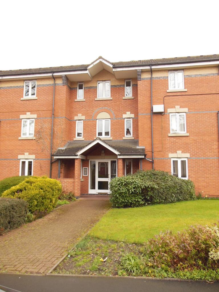 1 Bedroom Flat for sale in Hamiliton Court, Moseley, BIRMINGHAM B13
