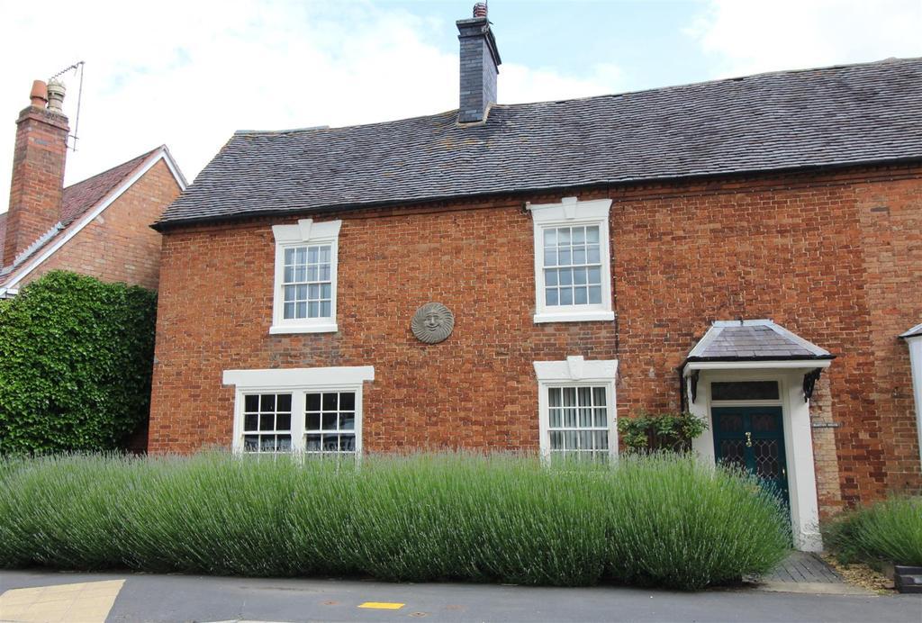 4 Bedrooms Unique Property for sale in Birdingbury Road, Marton
