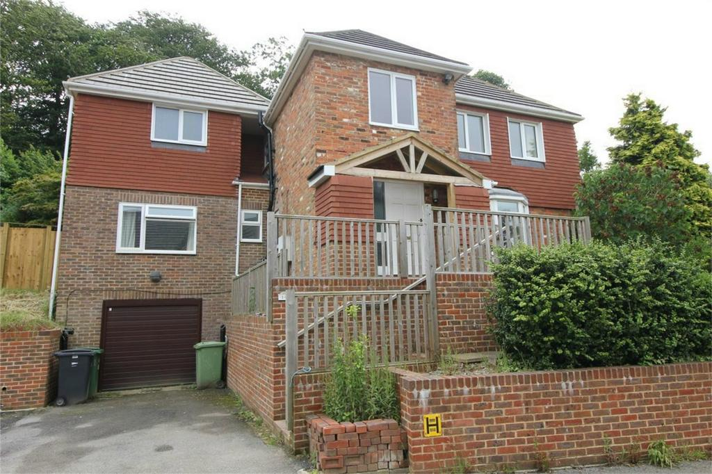 4 Bedrooms Detached House for sale in Shining Cliff, HASTINGS, East Sussex