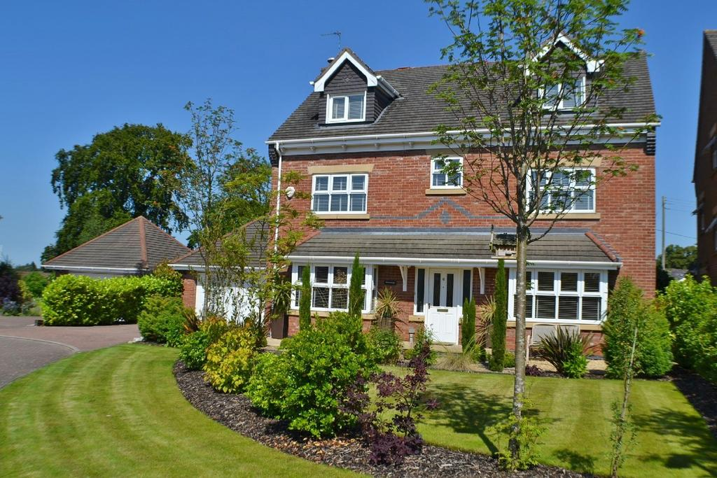5 Bedrooms Detached House for sale in Holly Croft, Brereton Heath, Congleton