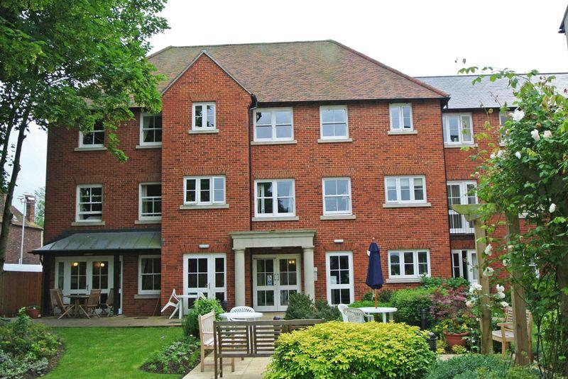 1 Bedroom Retirement Property for sale in Canterbury
