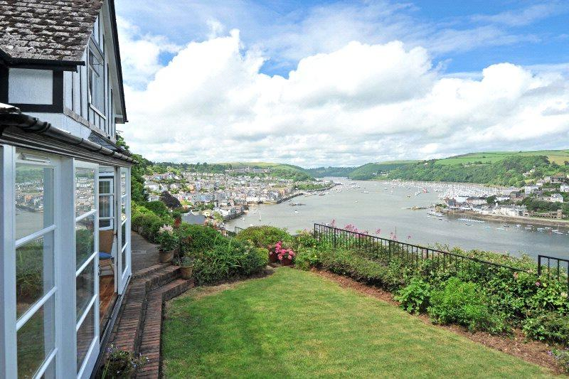 4 Bedrooms Detached House for sale in Swannaton Road, Dartmouth, Devon, TQ6