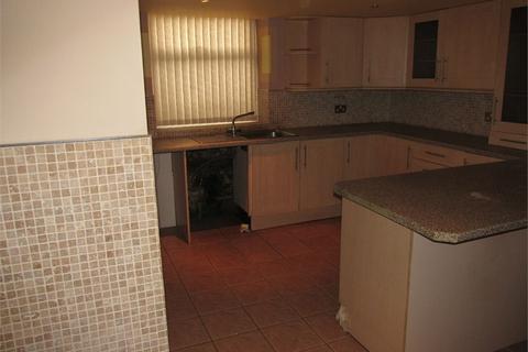 3 bedroom terraced house to rent - Heaton Road, Manningham, BRADFORD, West Yorkshire