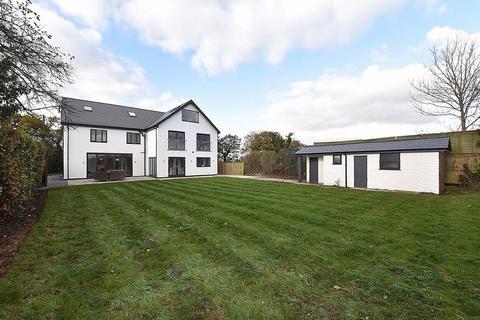 7 bedroom detached house for sale - Newly refurbished contemporary house - Sandlebridge Lane, Marthall
