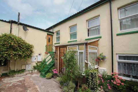 2 bedroom flat to rent - Flat 3, Tuckers Court, East Street, Crediton