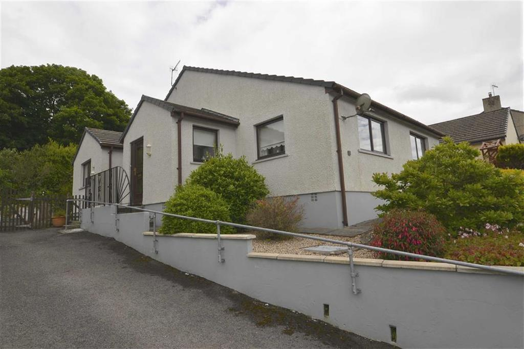 3 Bedrooms Bungalow for sale in 10, Lamack Vale, Tenby, Pembrokeshire, SA70