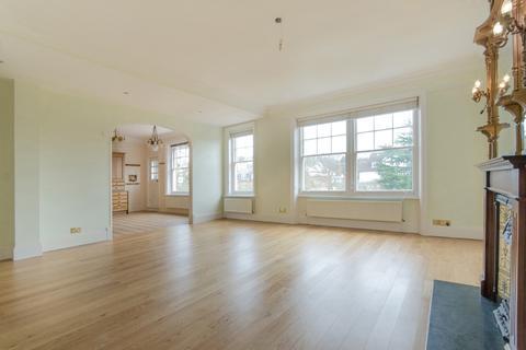 3 bedroom flat to rent - kidderpore Gardens, London NW3