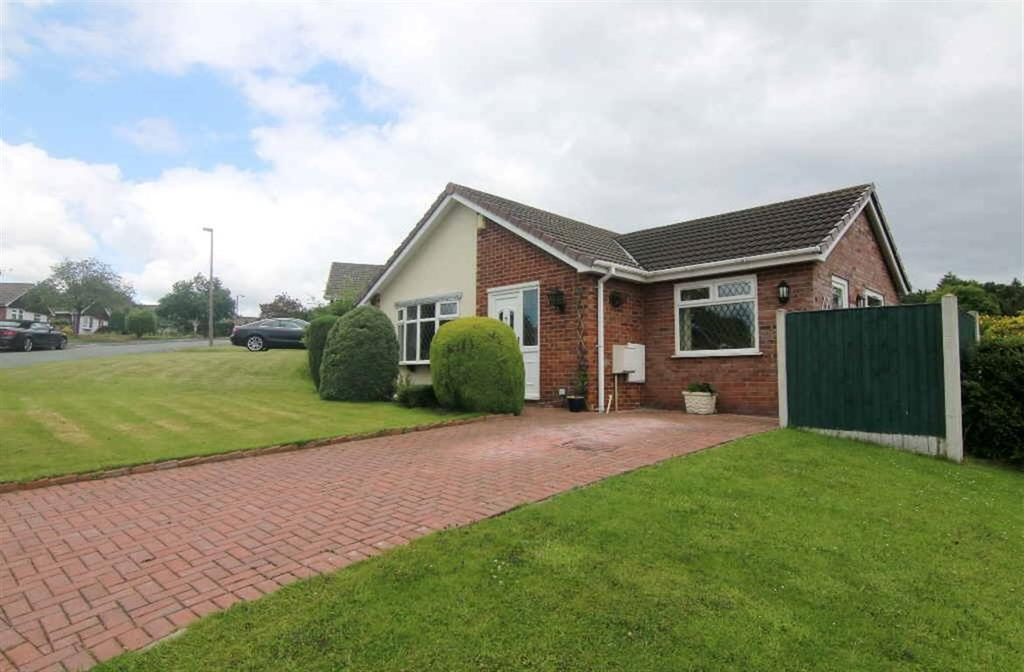 2 Bedrooms Detached Bungalow for sale in Kelsborrow Way, Kelsall