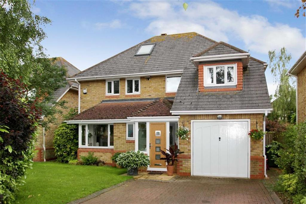 6 Bedrooms Detached House for sale in 7, Chestnut Drive, Brackley