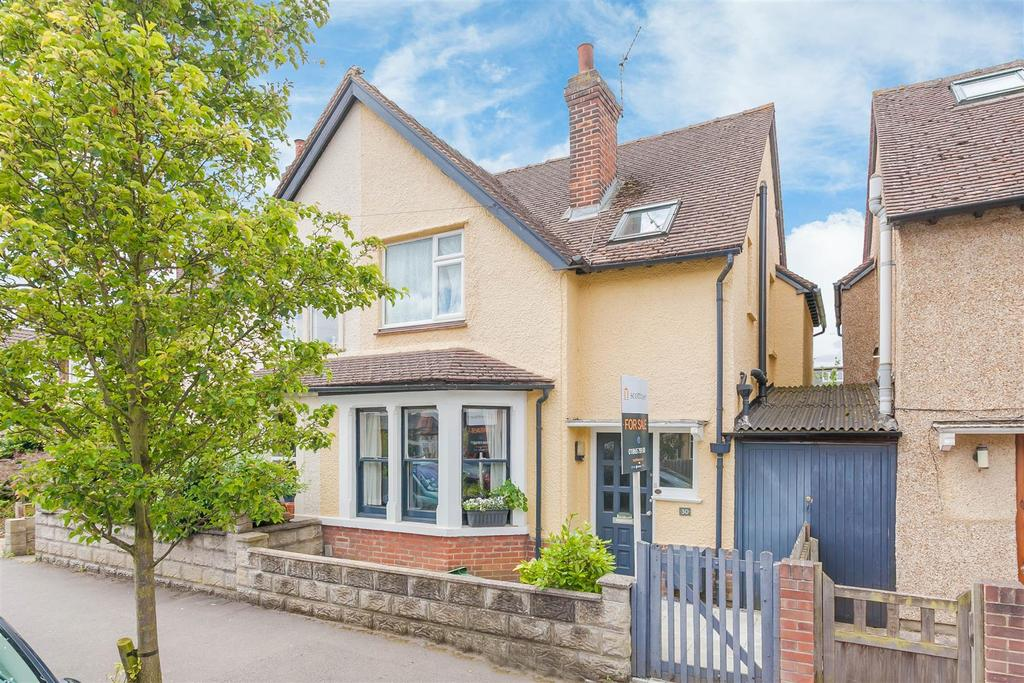 3 Bedrooms Semi Detached House for sale in Stile Road, Oxford