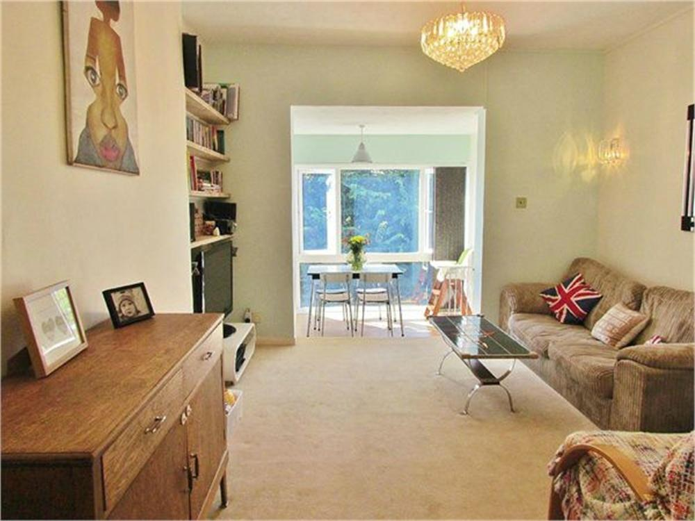 2 Bedrooms Flat for sale in Tisbury Road, HOVE, East Sussex