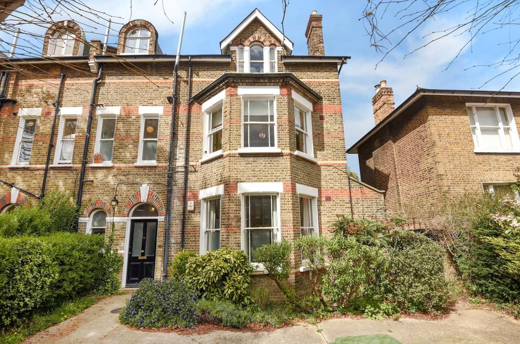 2 Bedrooms Flat for sale in Handen Road Lee SE12