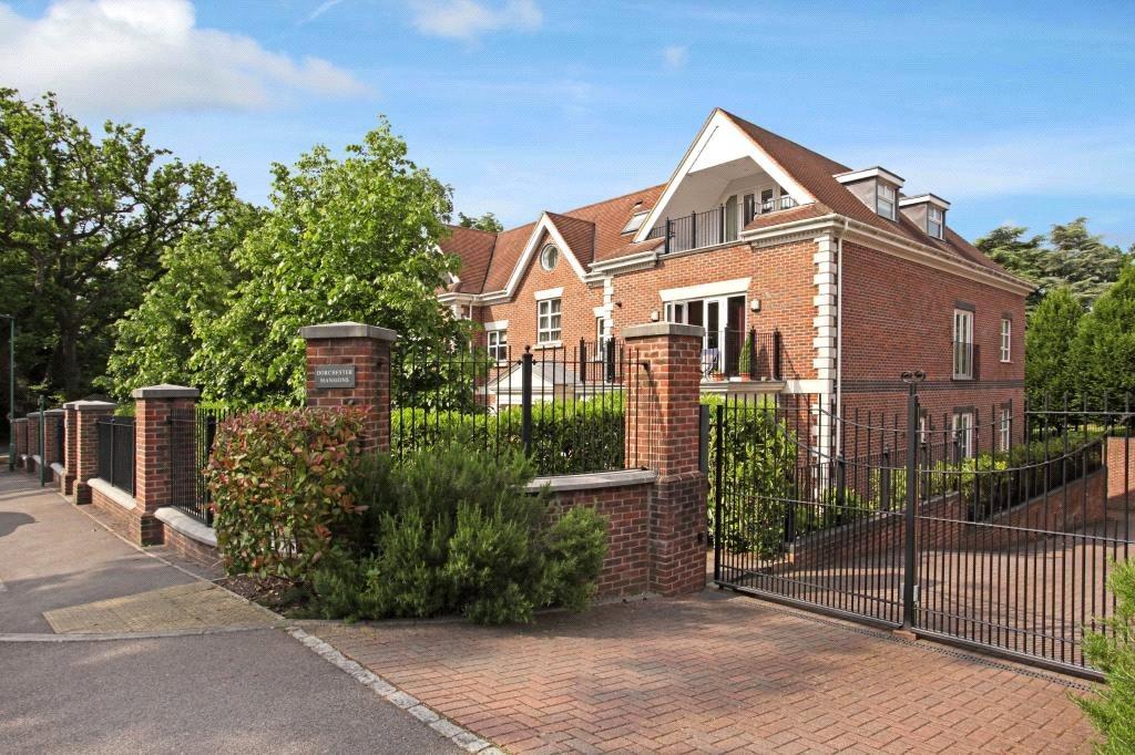 2 Bedrooms Flat for sale in Dorchester Mansions, Cross Road, Sunningdale, Berkshire, SL5