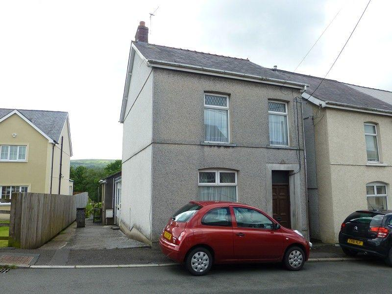 4 Bedrooms Detached House for sale in Wernddu Road, Ammanford, Carmarthenshire.