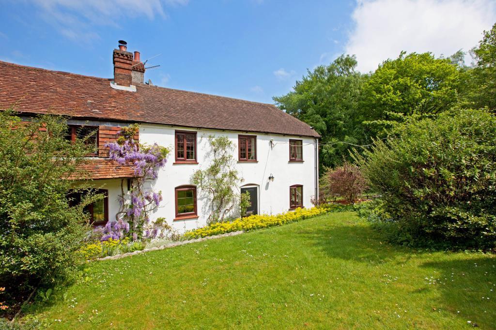 5 Bedrooms Semi Detached House for sale in Oak Cottage, 46 Burys Bank Road, Greenham, Thatcham, RG19