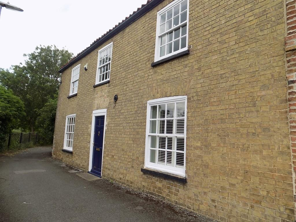 4 Bedrooms Semi Detached House for sale in West End, March