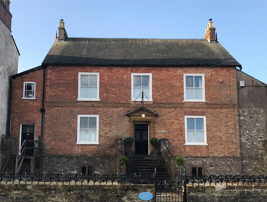 8 Bedrooms House for sale in Combe Street, Chard, Somerset, TA20