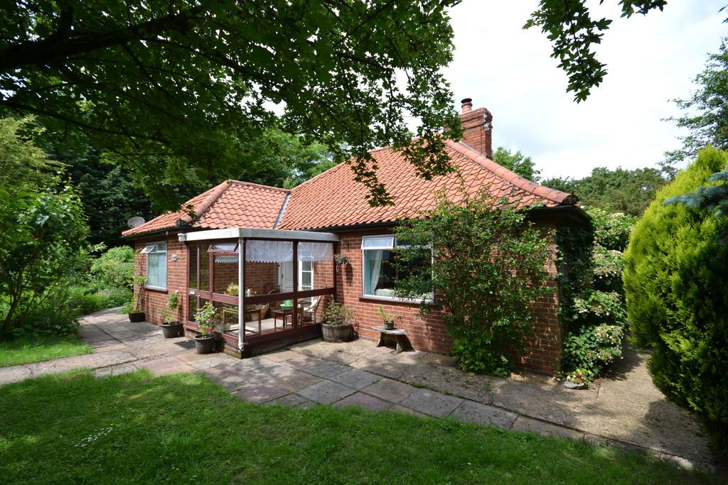 3 Bedrooms Detached House for sale in South Lopham, Norfolk