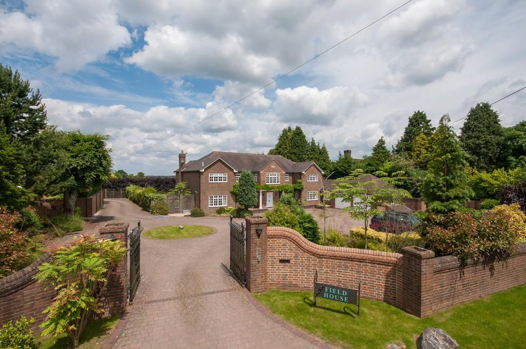 7 Bedrooms Detached House for sale in Babylon Lane, Lower Kingswood