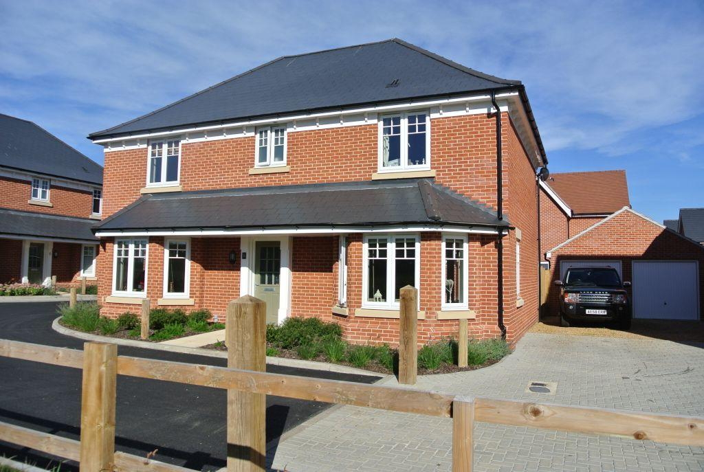 4 Bedrooms Detached House for rent in Great Horkesley