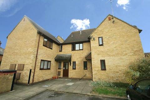 Studio to rent - The Willows, Elgin Avenue, Chelmsford, Essex, CM1