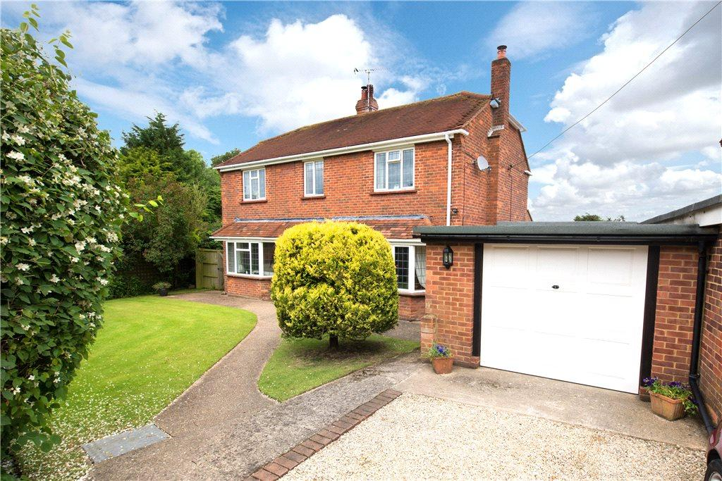 4 Bedrooms Detached House for sale in Wycombe Road, Studley Green, High Wycombe, Buckinghamshire
