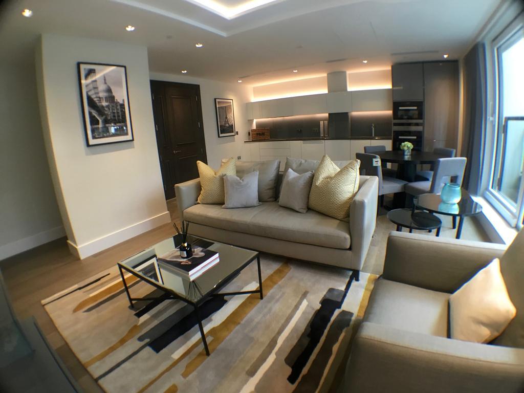 2 Bedrooms Duplex Flat for sale in 375 Kensington High Street, Lord Kensington House