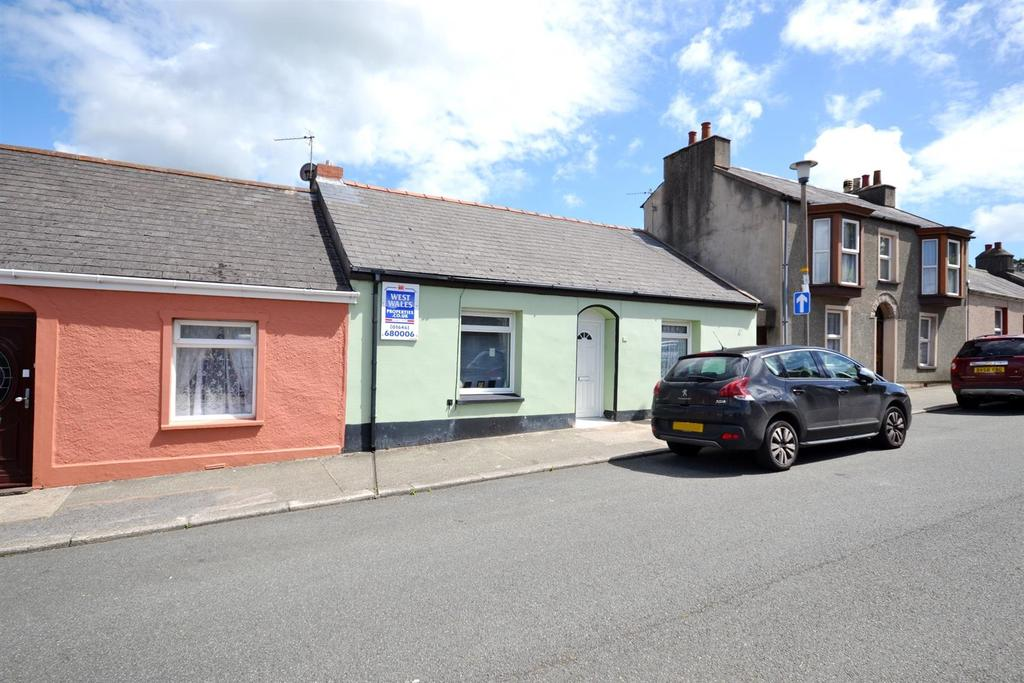 3 Bedrooms Cottage House for sale in Charlton Place, Pembroke Dock