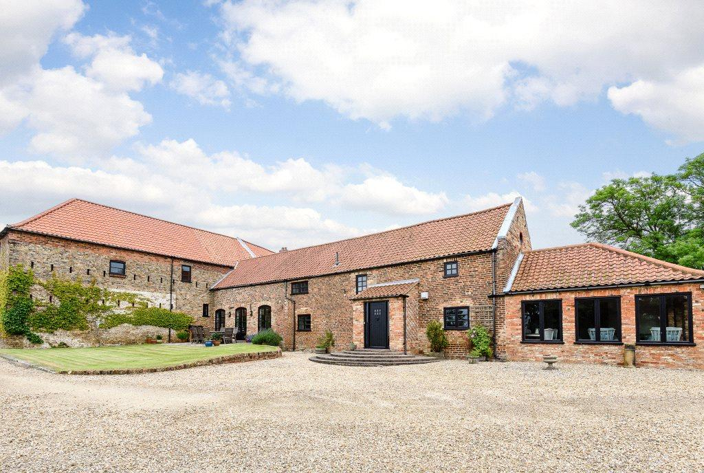 5 Bedrooms Detached House for sale in The Old Barn, Low Road, Hatcliffe, Grimsby, DN37
