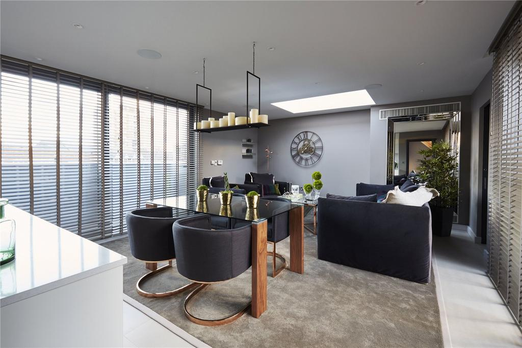 5 Bedrooms Mews House for sale in Battersea Square Mews, Battersea Square, Battersea, London, SW11